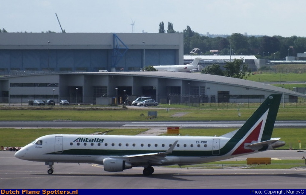 EI-RDD Embraer 175 Alitalia CityLiner by MariovG