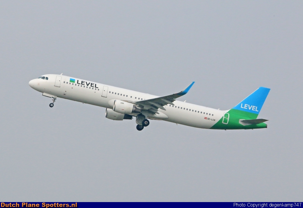 OE-LCR Airbus A321 LEVEL (Anisec) by Herman Degenkamp