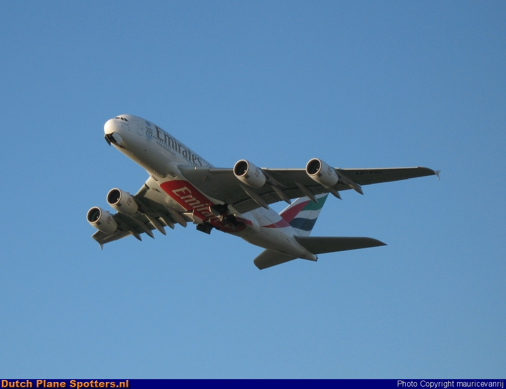 A6-EDL Airbus A380-800 Emirates by mauricevanrij