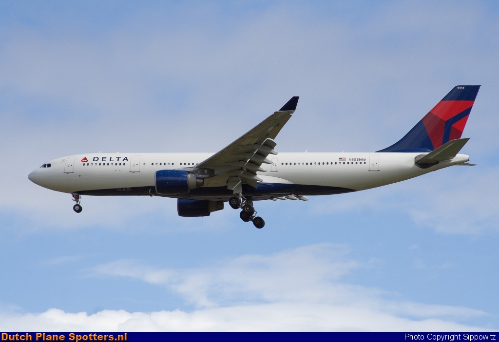 N853NW Airbus A330-200 Delta Airlines by Sippowitz