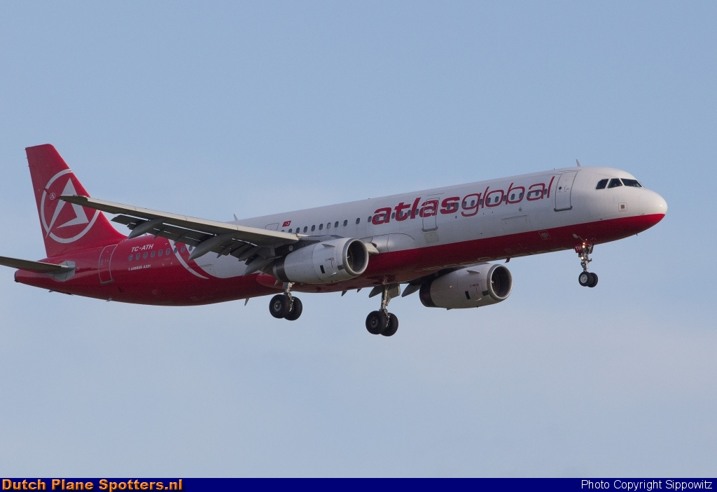 TC-ATH Airbus A321 AtlasGlobal by Sippowitz