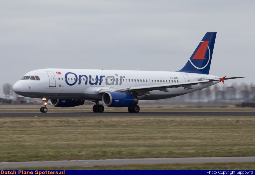 TC-OBO Airbus A320 Onur Air by Sippowitz