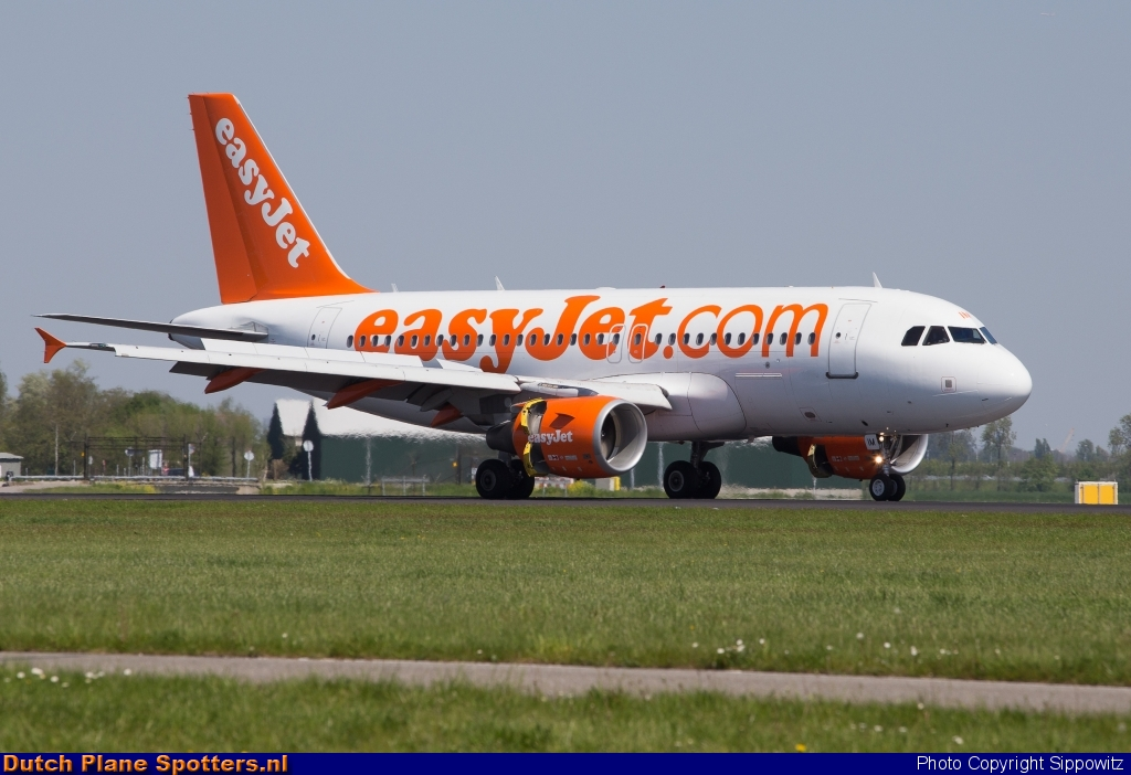 G-EZIM Airbus A319 easyJet by Sippowitz