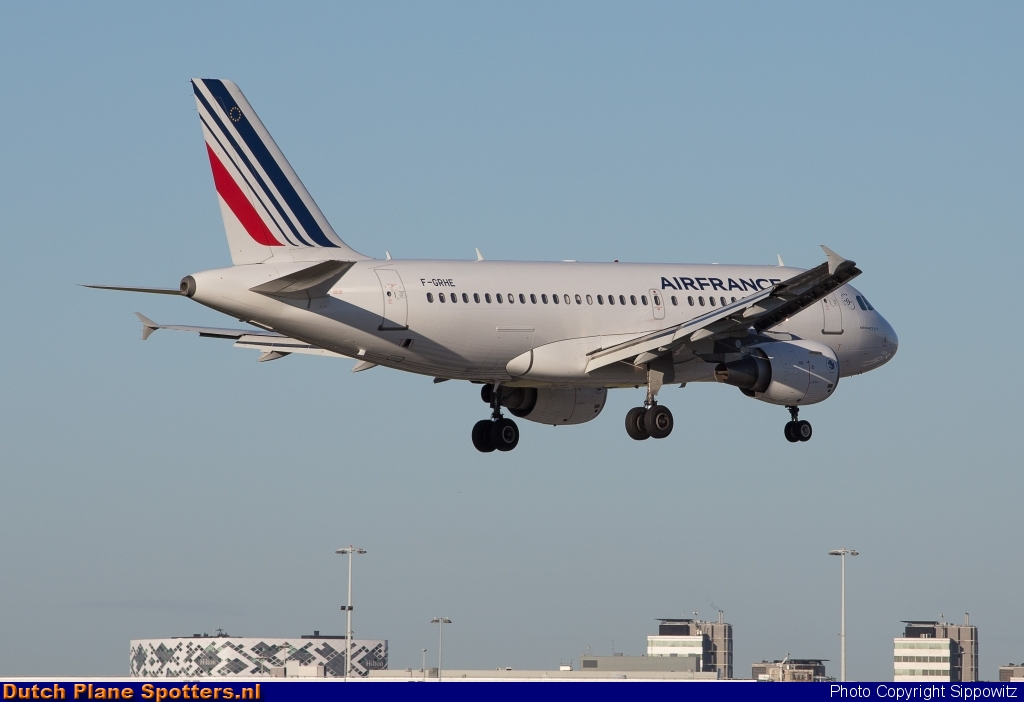 F-GRHE Airbus A319 Air France by Sippowitz