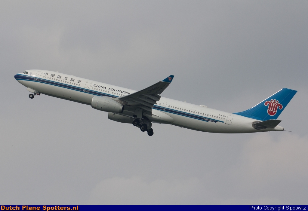 B-8365 Airbus A330-300 China Southern by Sippowitz