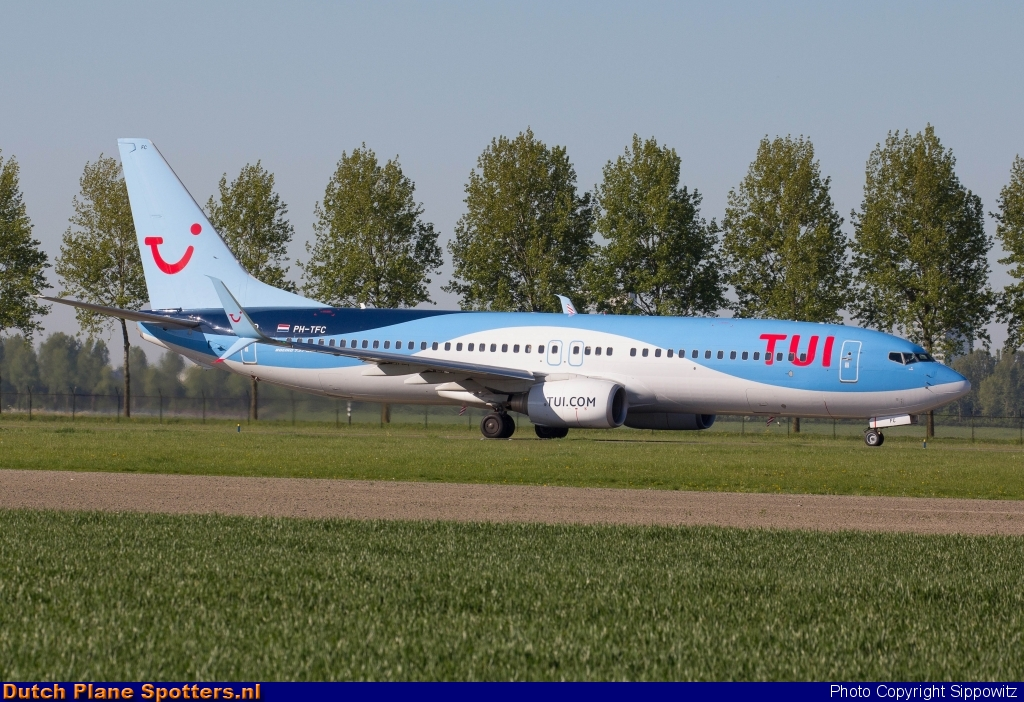 PH-TFC Boeing 737-800 TUI Airlines Netherlands by Sippowitz