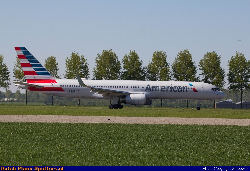 N186AN Boeing 757-200 American Airlines by Sippowitz