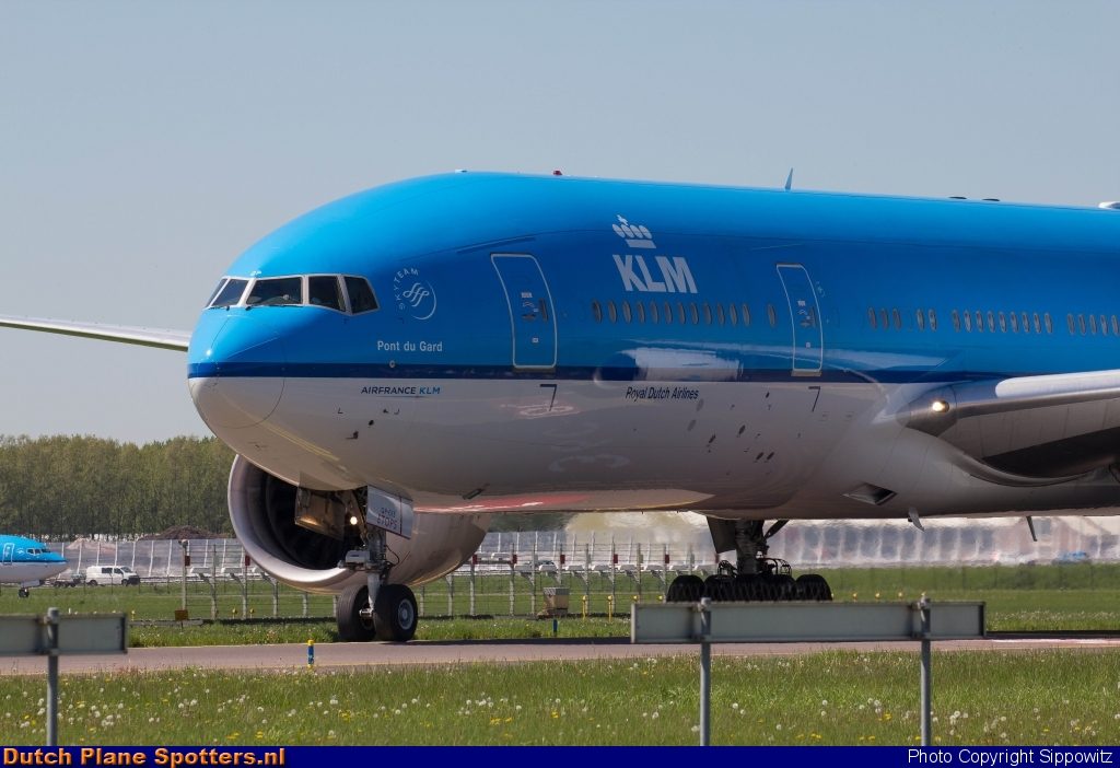 PH-BQP Boeing 777-200 KLM Royal Dutch Airlines by Sippowitz