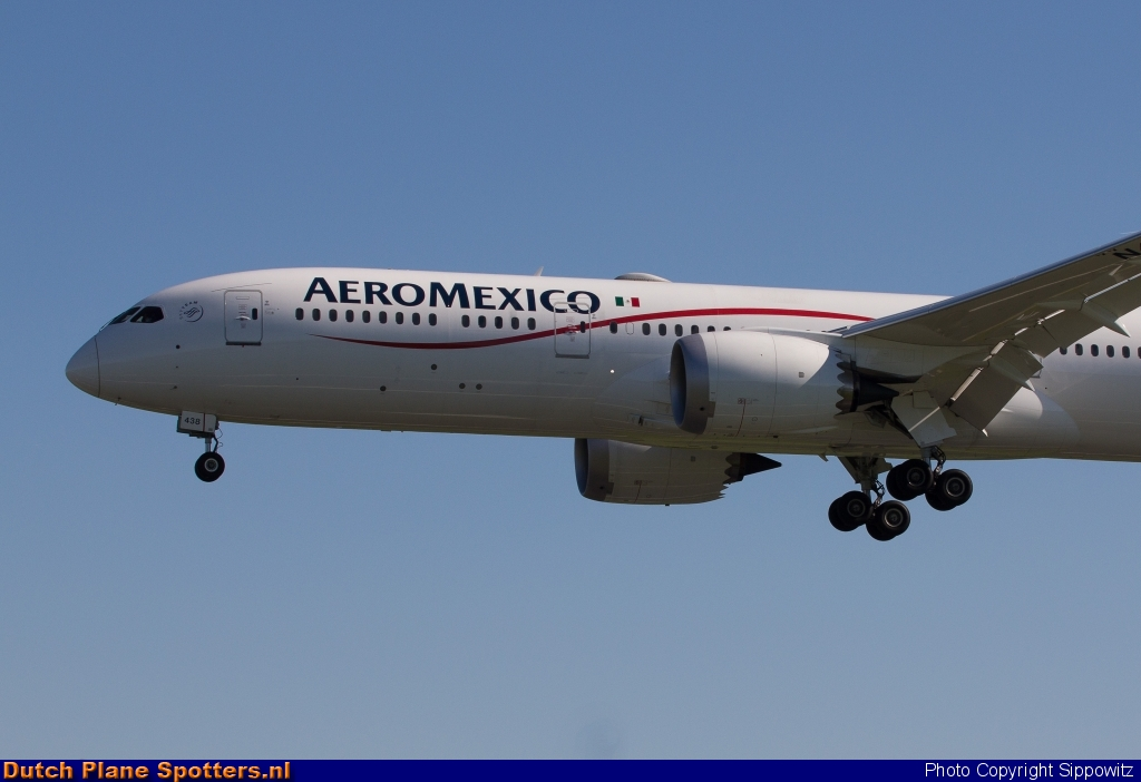 N438AM Boeing 787-9 Dreamliner Aeroméxico by Sippowitz