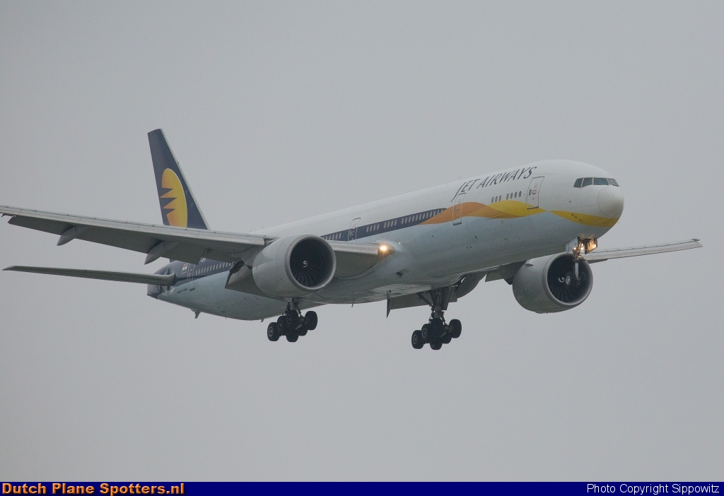 VT-JEV Boeing 777-300 Jet Airways by Sippowitz