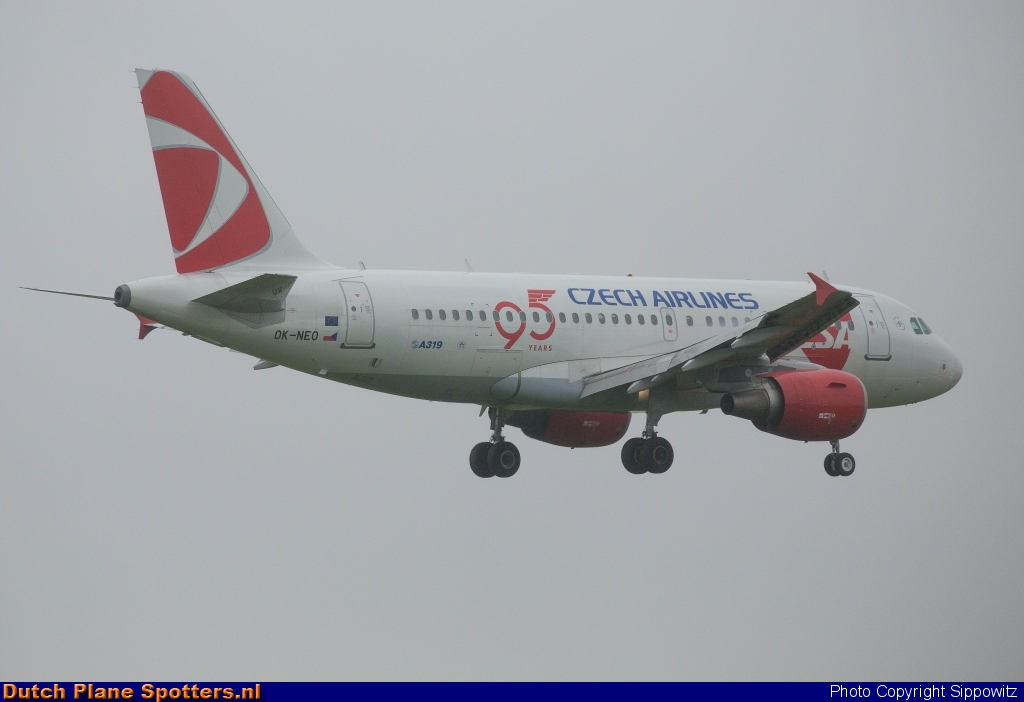 OK-NEO Airbus A319 CSA Czech Airlines by Sippowitz