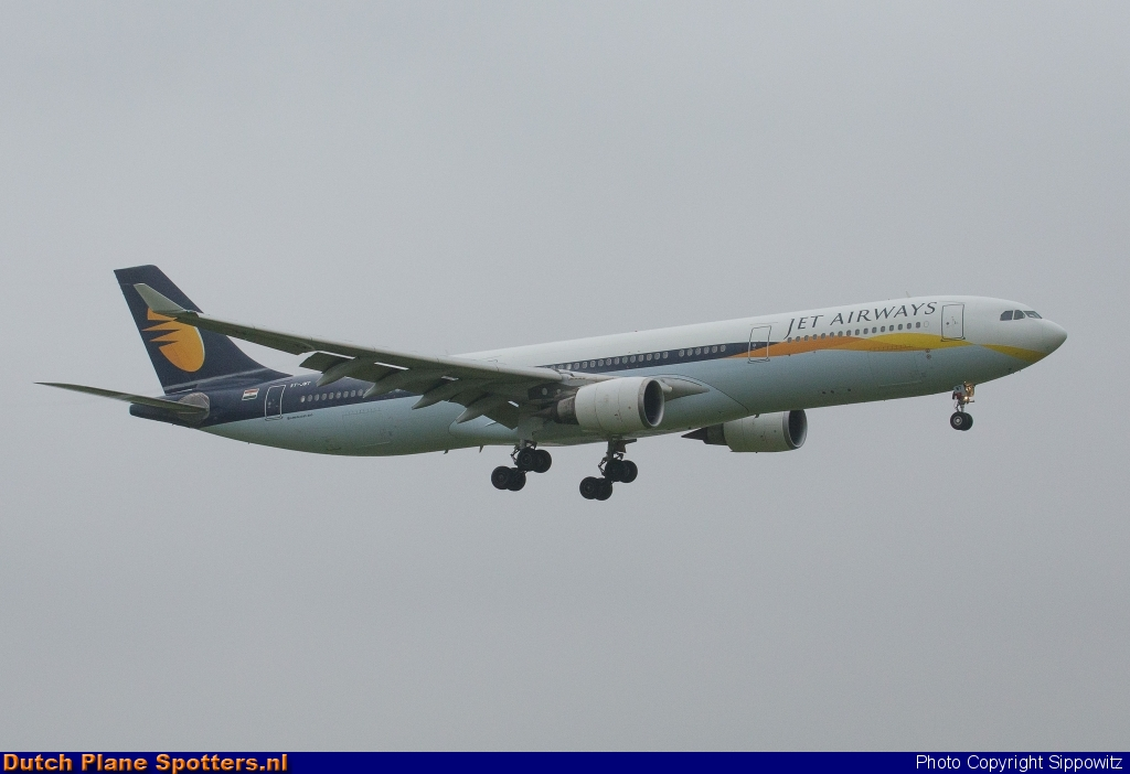 VT-JWT Airbus A330-300 Jet Airways by Sippowitz