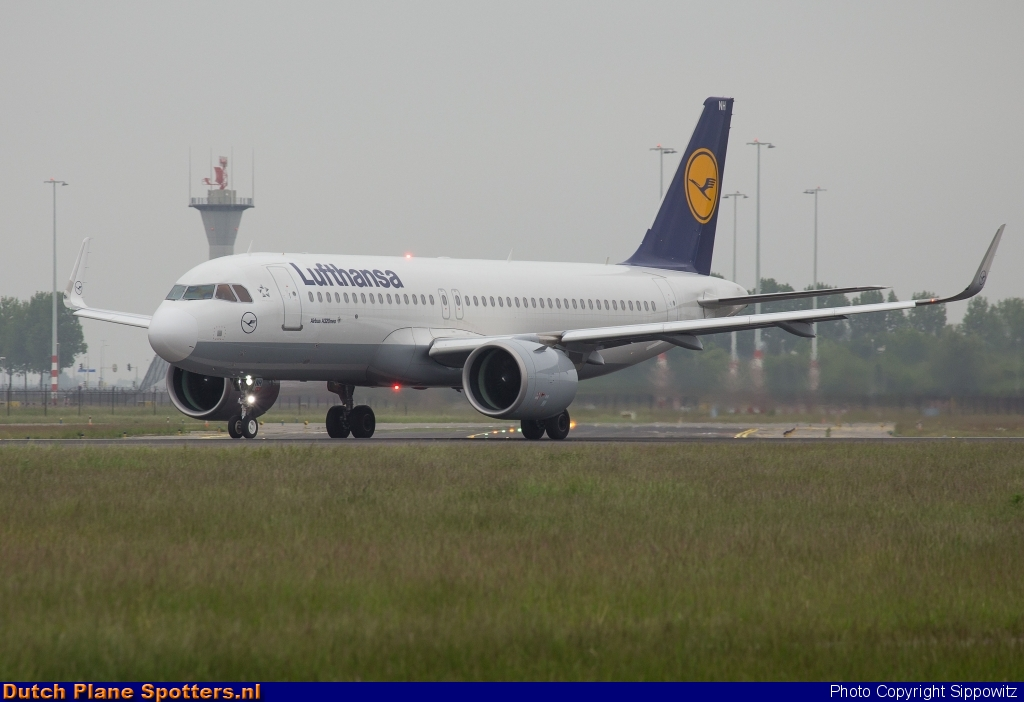 D-AINH Airbus A320neo Lufthansa by Sippowitz