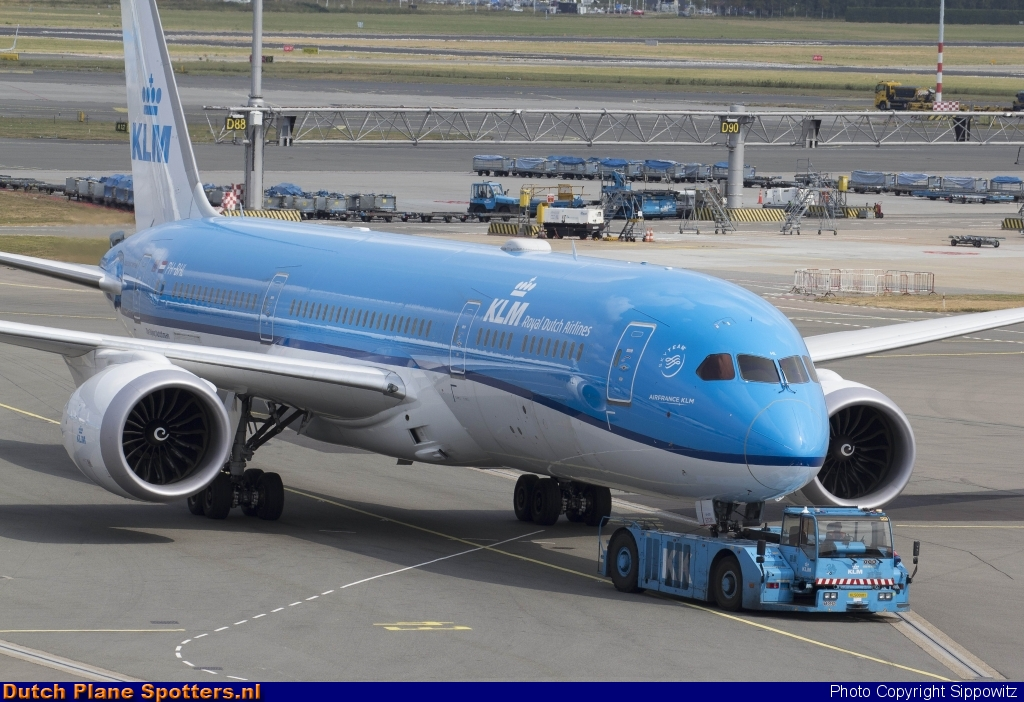 PH-BHL Boeing 787-9 Dreamliner KLM Royal Dutch Airlines by Sippowitz