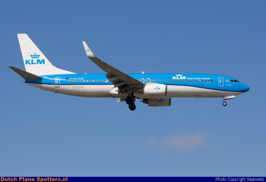 PH-HSE Boeing 737-800 KLM Royal Dutch Airlines by Sippowitz