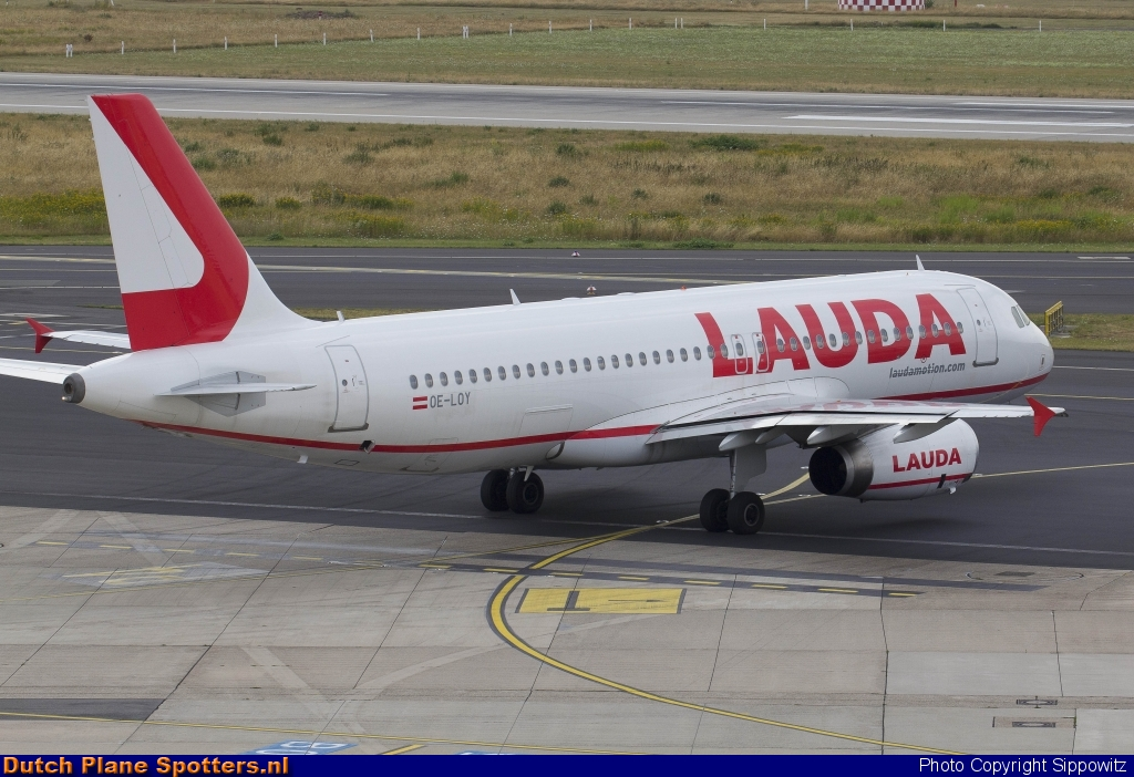 OE-LOY Airbus A320 LaudaMotion by Sippowitz