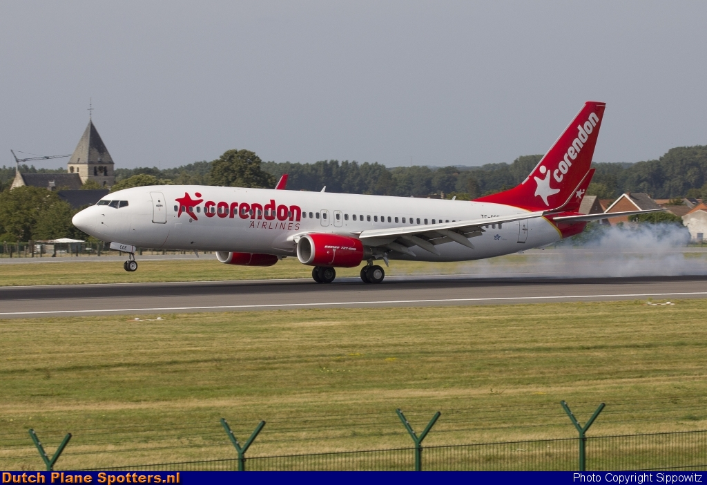 TC-COE Boeing 737-800 Corendon Airlines by Sippowitz