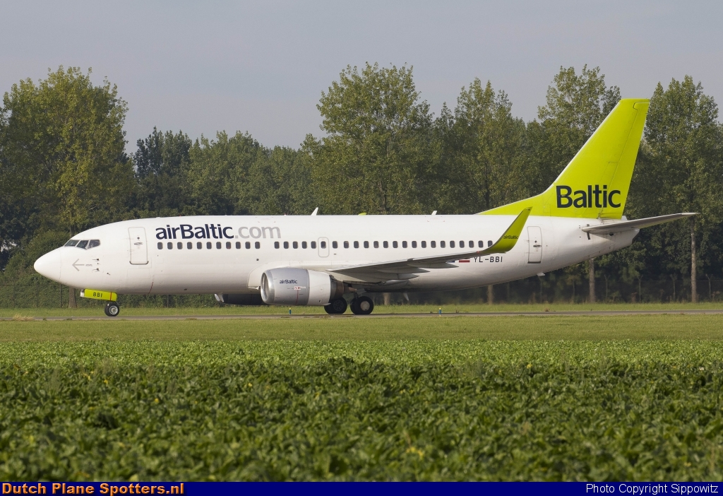 YL-BBI Boeing 737-300 Air Baltic by Sippowitz