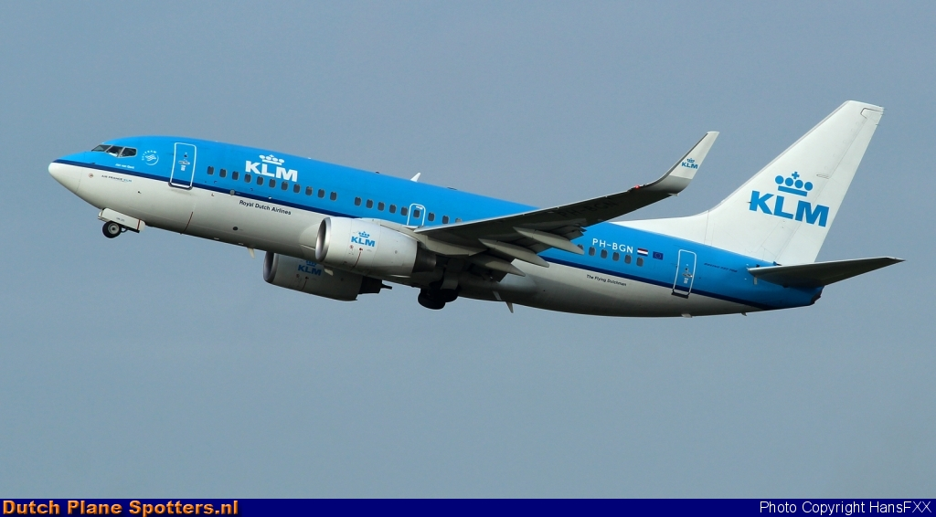 PH-BGN Boeing 737-700 KLM Royal Dutch Airlines by HansFXX