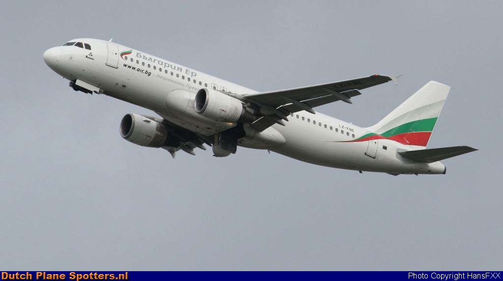 LZ-FBE Airbus A320 Bulgaria Air by HansFXX
