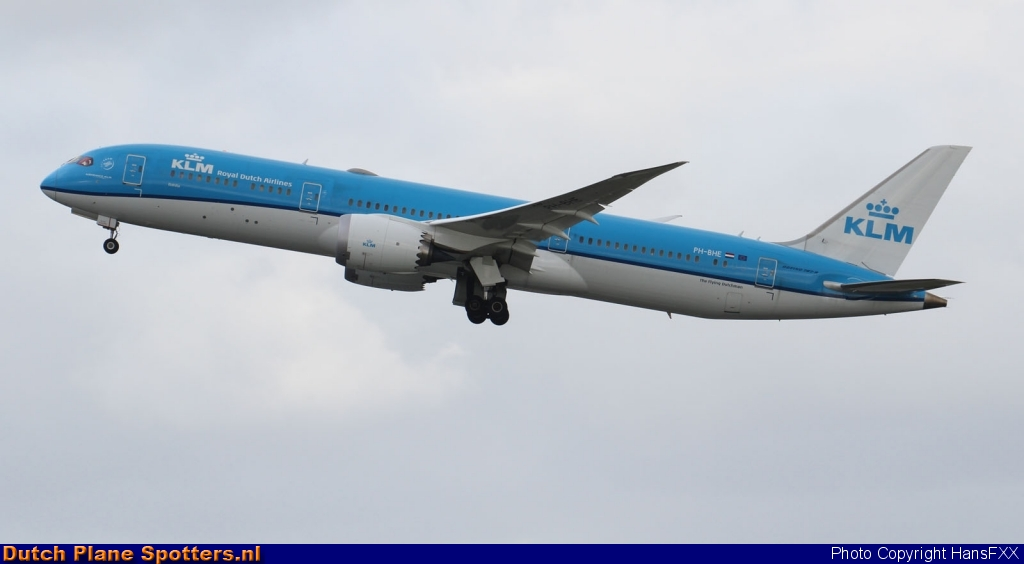 PH-BHE Boeing 787-9 Dreamliner KLM Royal Dutch Airlines by HansFXX