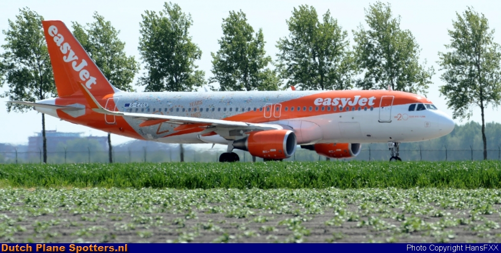 G-EZOX Airbus A320 easyJet by HansFXX