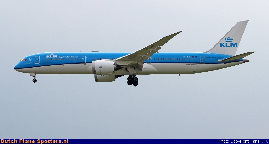 PH-BHH Boeing 787-9 Dreamliner KLM Royal Dutch Airlines by HansFXX