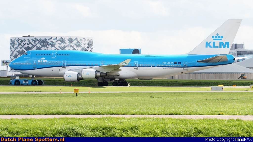 PH-BFW Boeing 747-400 KLM Royal Dutch Airlines by HansFXX