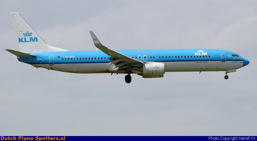 PH-BXR Boeing 737-900 KLM Royal Dutch Airlines by HansFXX