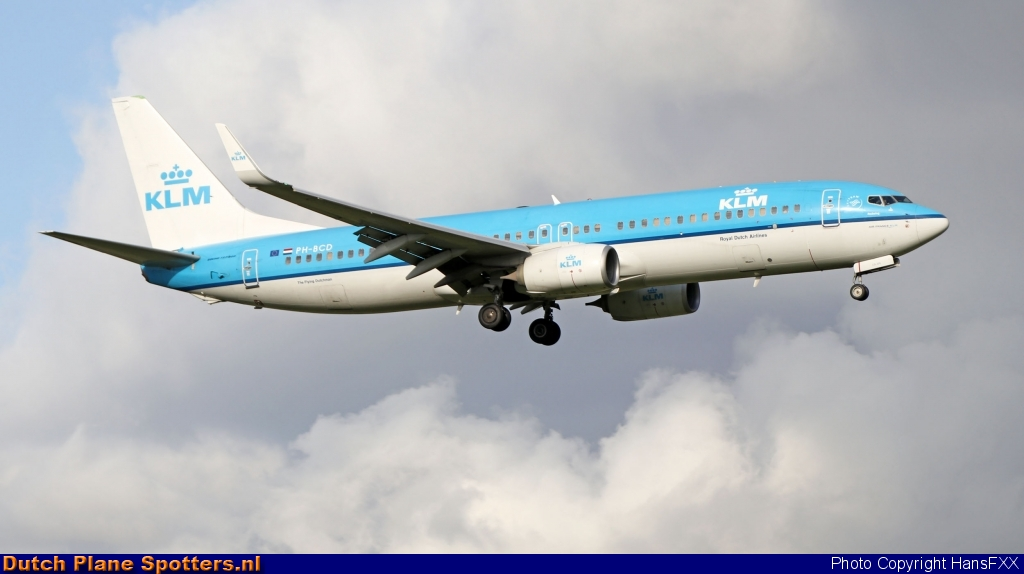 PH-BCD Boeing 737-800 KLM Royal Dutch Airlines by HansFXX
