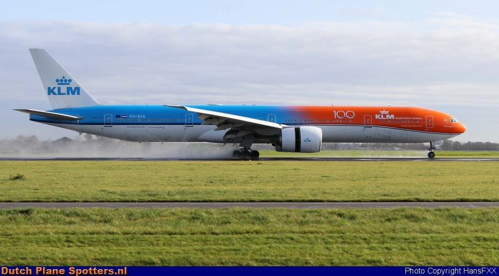 PH-BVA Boeing 777-300 KLM Royal Dutch Airlines by HansFXX
