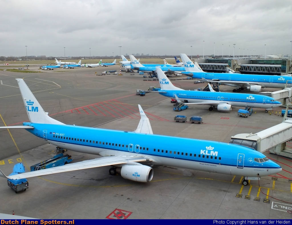 PH-BXT Boeing 737-900 KLM Royal Dutch Airlines by Hans van der Heiden