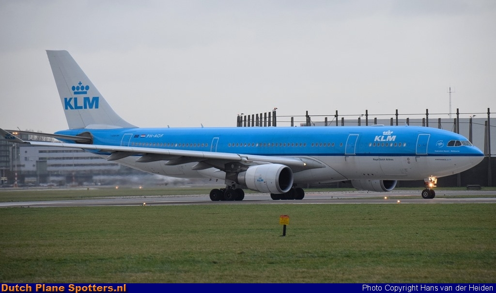 PH-AOF Airbus A330-200 KLM Royal Dutch Airlines by Hans van der Heiden