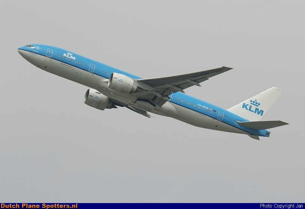 PH-BQB Boeing 777-200 KLM Royal Dutch Airlines by Jan
