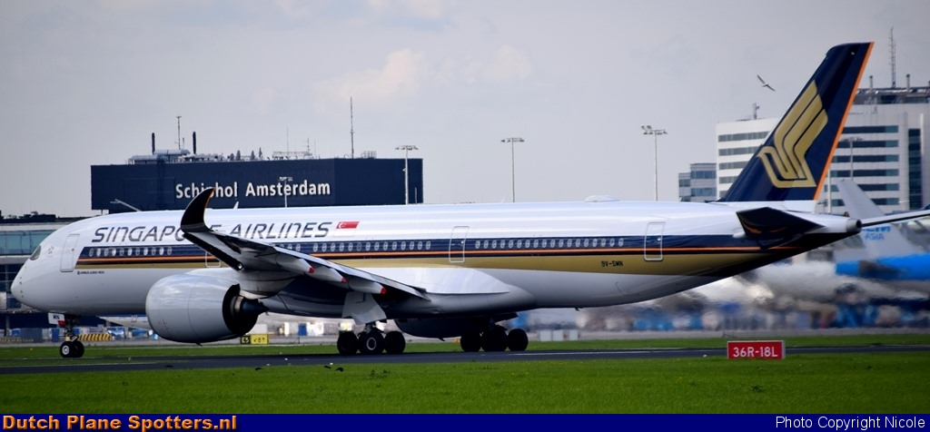 9V-SMN Airbus A350-900 Singapore Airlines by Nicole