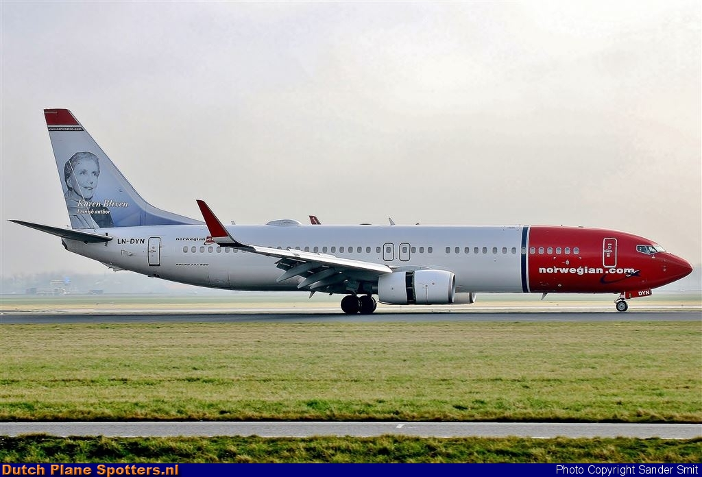 LN-DYN Boeing 737-800 Norwegian Air Shuttle by Sander Smit