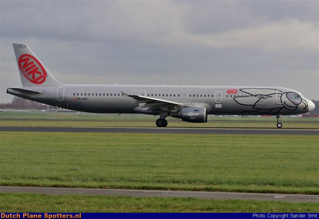 OE-LES Airbus A321 Niki by Sander Smit
