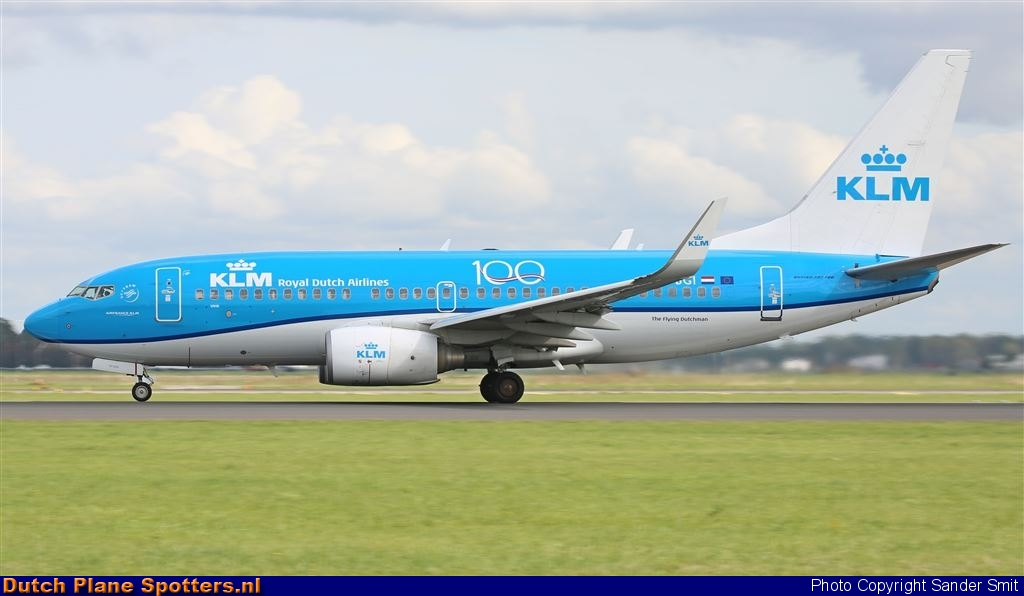PH-BGI Boeing 737-700 KLM Royal Dutch Airlines by Sander Smit