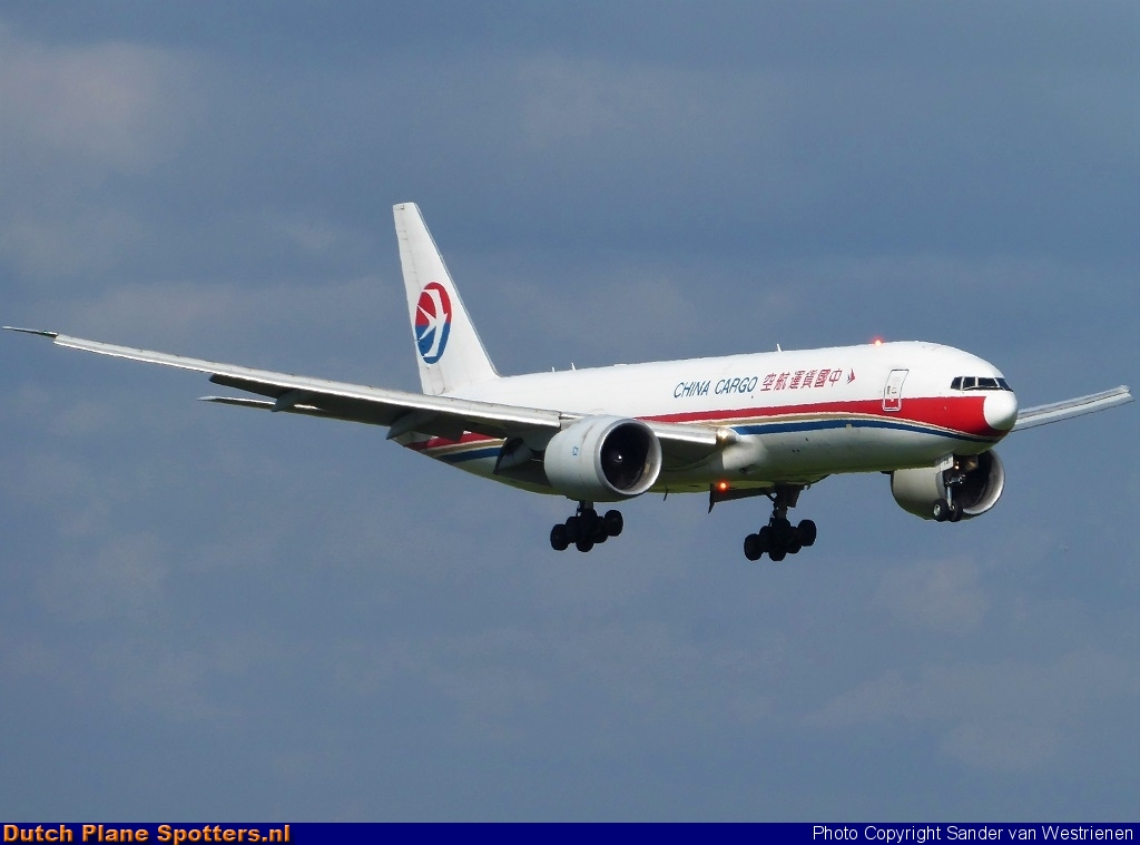 B-2078 Boeing 777-F China Cargo Airlines by Sander van Westrienen