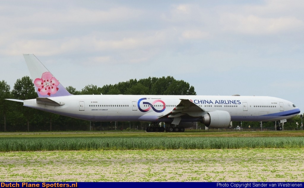 B-18006 Boeing 777-300 China Airlines by Sander van Westrienen