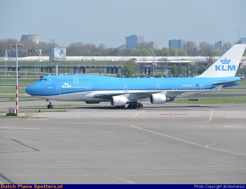 PH-BFW Boeing 747-400 KLM Royal Dutch Airlines by dickbonarius