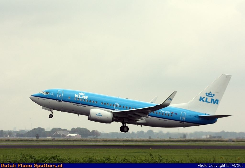 PH-BGI Boeing 737-700 KLM Royal Dutch Airlines by EHAM36L