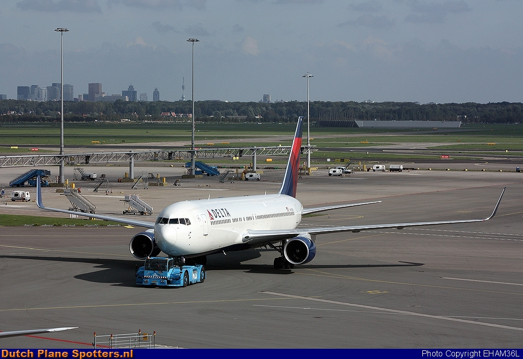 N191DN Boeing 767-300 Delta Airlines by EHAM36L