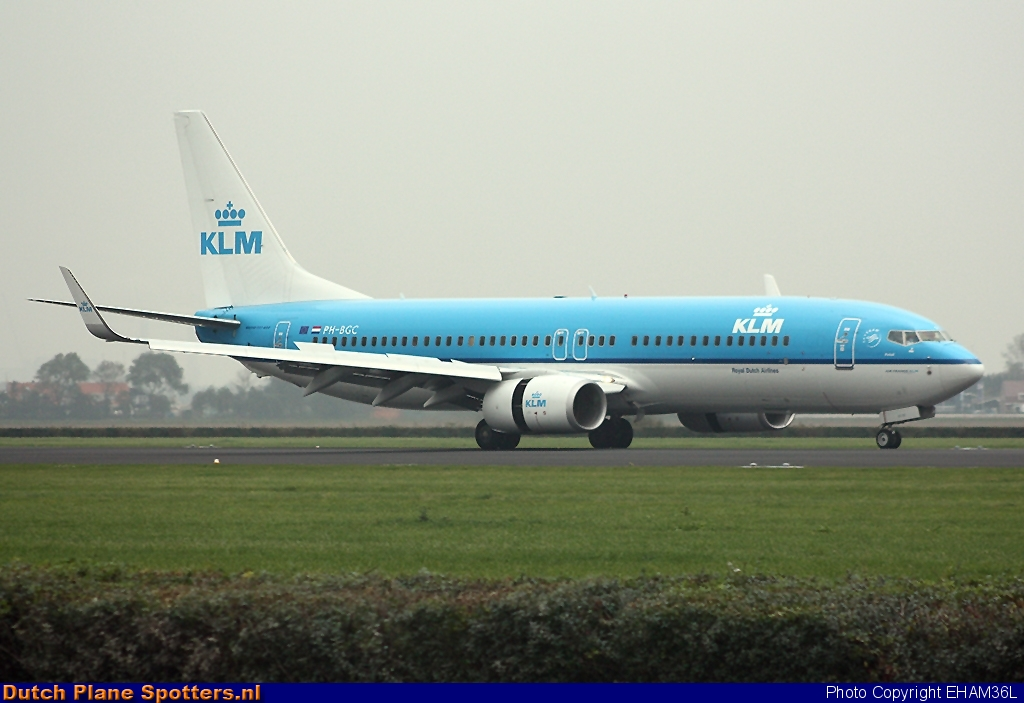 PH-BGC Boeing 737-800 KLM Royal Dutch Airlines by EHAM36L